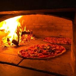 pizza oven 2 pizzas